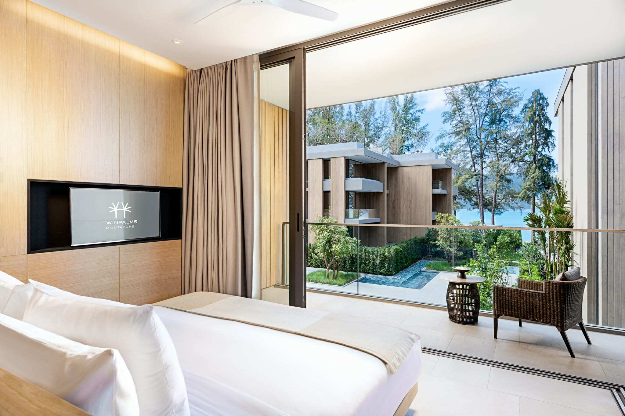 Azure Sea View Suite (2-Bedroom)
