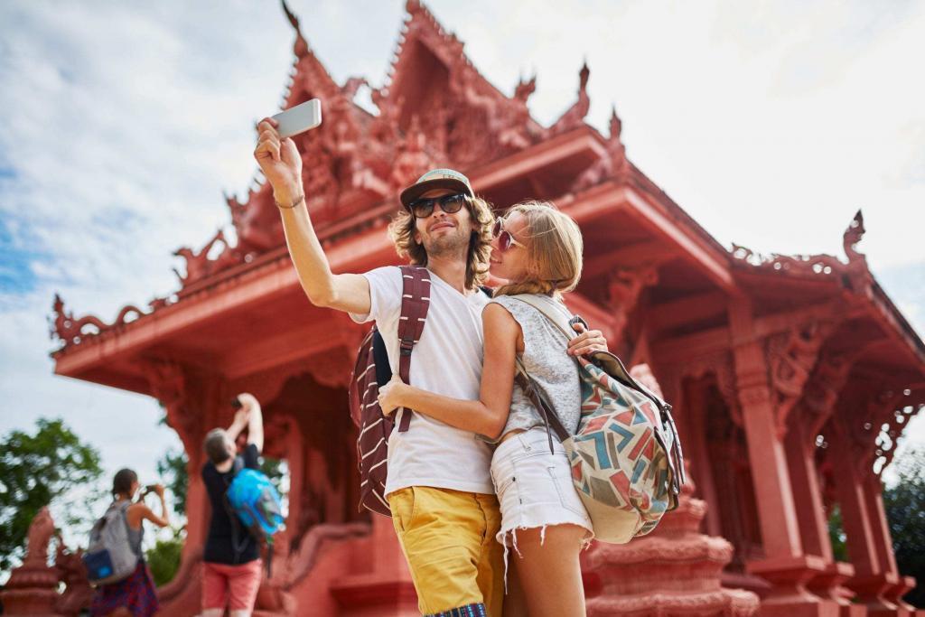 3 WAYS TO CAPTURE AUTHENTIC TRAVEL PHOTOS OF THAILAND