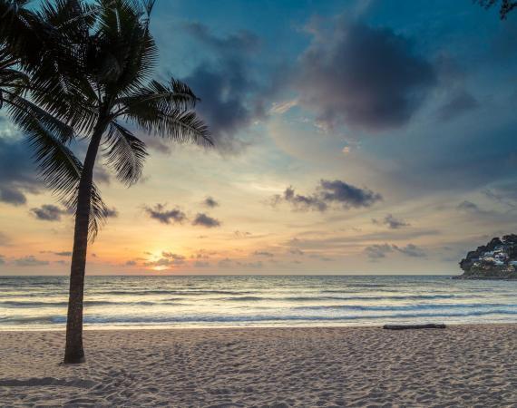 Twinpalms MontAzure Kamala Beach